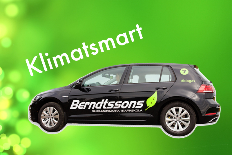 Berndtssons bil på grön bakgrund med texten klimatsmart