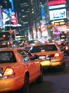 Taxibilar i stadsmiljö